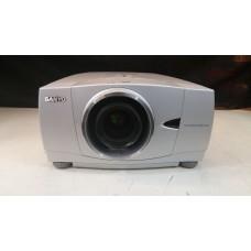Sanyo PLC-XP57L XGA (1024x768) 5500 ansi - lente LNS-T31A - c/ case -us