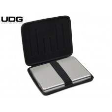 UDG creator laptop shield black 17 pol.